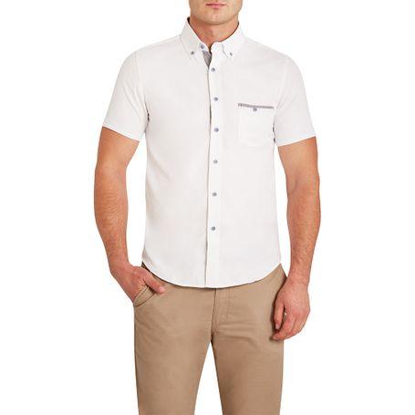 donatelli-presenta-la-camisa-marzi-para-brindar-un-diseño-calido-a-los-caballeros-con-una-confeccion-elaborada-que-regala-frescura-y-confort-bajo-ese